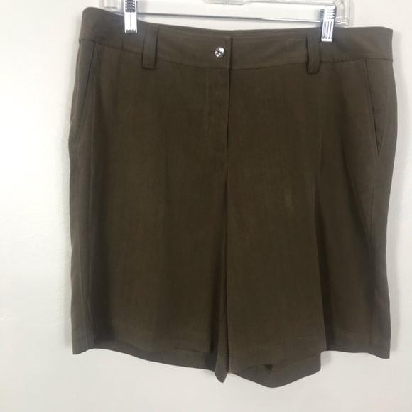Tommy Bahama Pants - Tommy Bahama fern silk shorts NWT